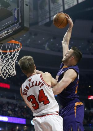 Bulls beat Suns 92-87 after trading Deng