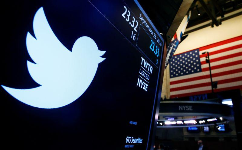 No partner in sight, Twitter faces tough solo choices