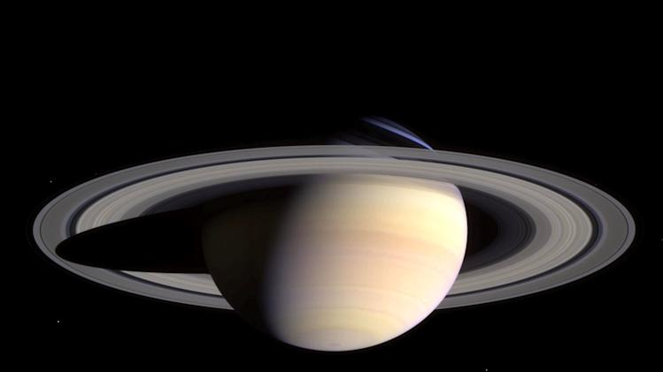 Latest Images From NASA's Cassini Probe to Saturn