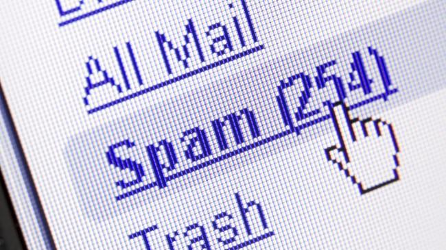 Spammers make a combined $200 million a year while costing society $20 billion
