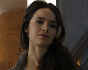 Abigail Spencer Suits Up Again for Season 2