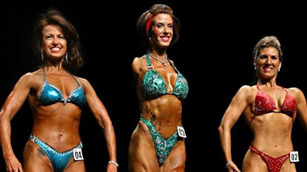 Armless Body Builder Inspires Fitness World With Her Ability (ABC News)