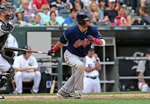 Swisher gets big hit in 8th, lifts Indians to win