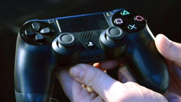 DNP PS4 DualShock controller shipping from Amazon, Canada