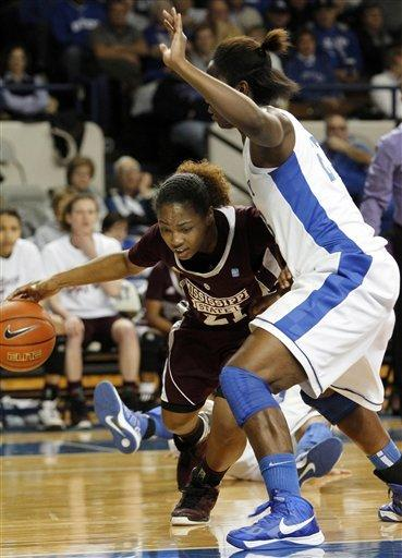 No. 5 Kentucky women rout Mississippi State 100-47