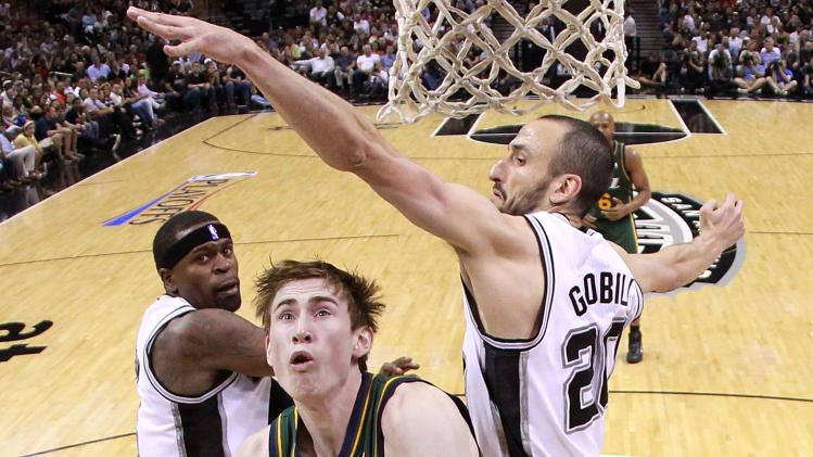 Utah Jazz v San Antonio Spurs - Game Two