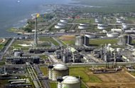 Shell&#39;s major oil and gas terminal on Bonny Island in southern Nigeria&#39;s Niger Delta is pictured on May 18, 2005. Major oil industry executives gather in Nigeria&#39;s capital for an annual conference this week with Africa&#39;s largest crude producer under pressure over reports alleging large-scale corruption and mismanagement