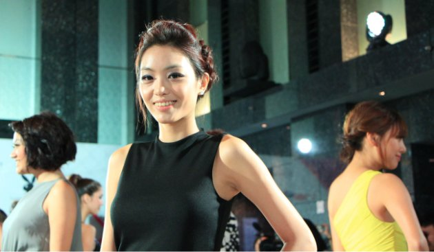 "23-year old Kyla Tan is one of the 14 contestants taking part in reality TV show ""Asia's Next Top Model"". (Yahoo! photo/ Deborah Choo)"