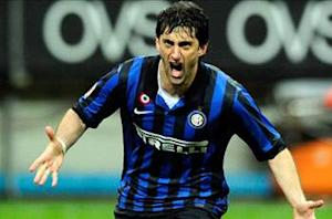 Inter 4-2 AC Milan: Milito hat trick decides derby and ensures Juventus is crowned Serie A champion