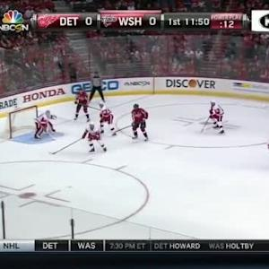 Braden Holtby Save on Luke Glendening (08:35/1st)