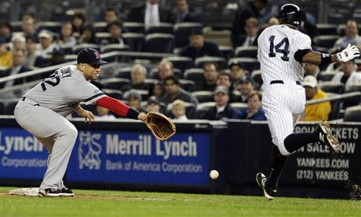 Ibanez rallies Yankees to win, New York holds lead