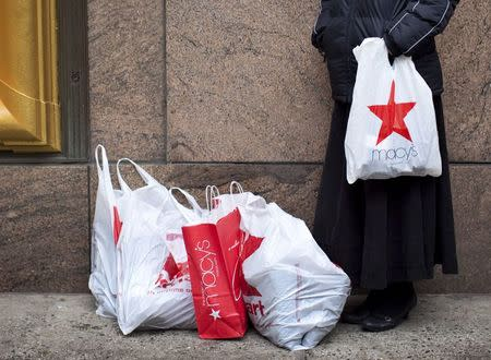 New York City gives nod to 5-cent charge for store bags