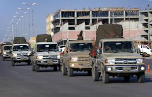 Forty vehicles carrying weapons set off for Syria