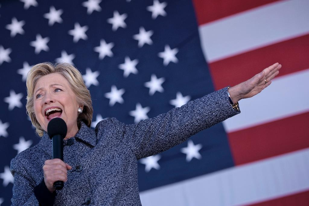 US paper facing threats for endorsing Hillary Clinton