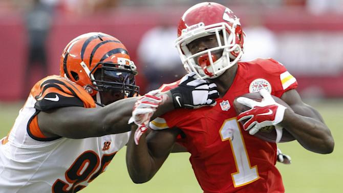 Chiefs unsteady, uneven in preseason opener