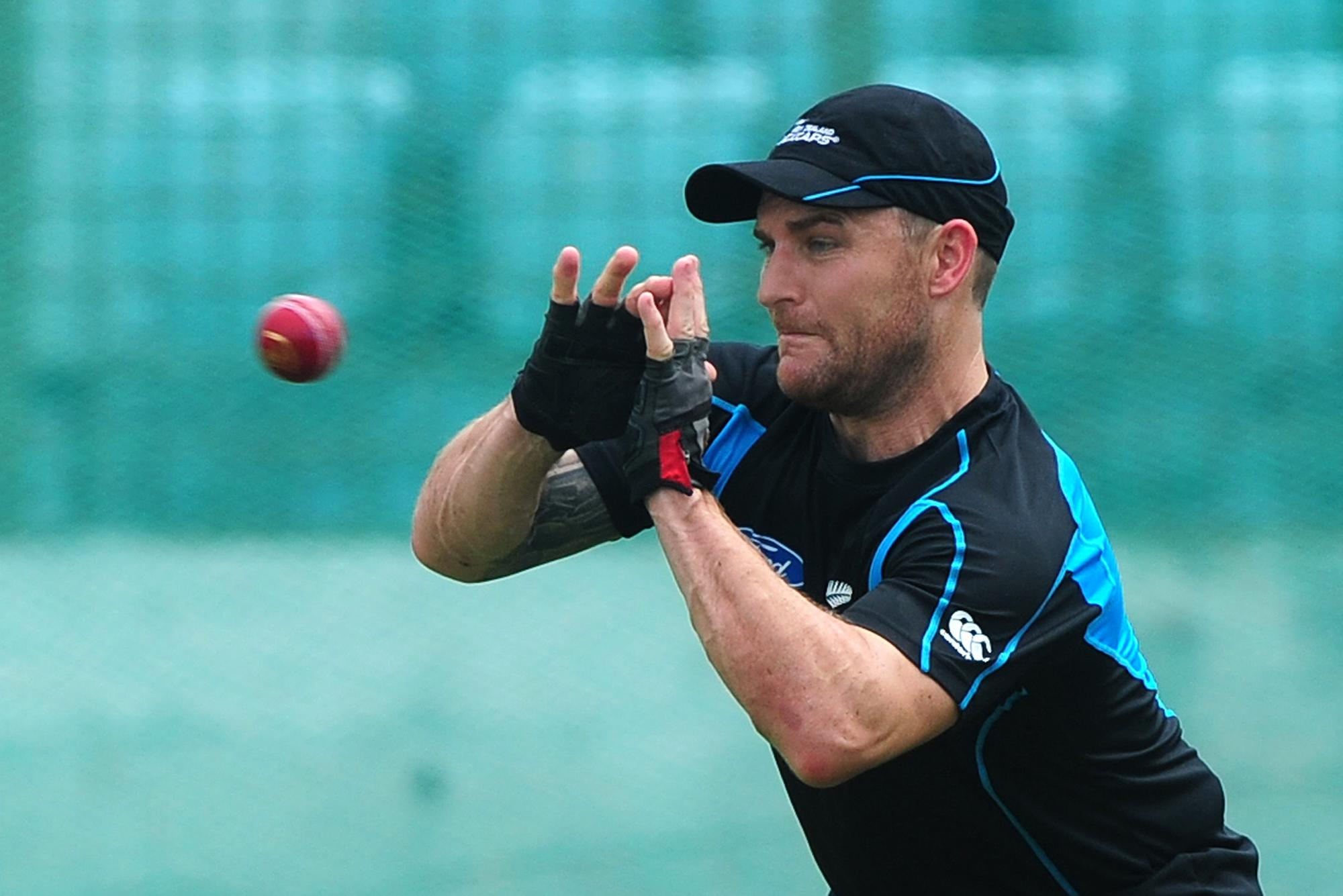 New Zealand reposition McCullum for Sri Lanka series