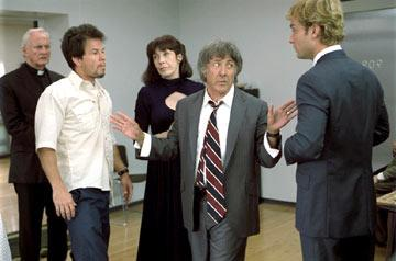 Mark Wahlberg , Lily Tomlin , Dustin Hoffman and Jude Law in Fox Searchlight's I Heart Huckabees