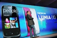 Nokia Chief Executive Stephen Elop introduces the new Nokia Lumia 920 and 820 Windows smartphones in New York City