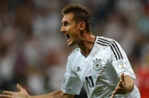 Germany 3-0 Austria: Klose helps hosts towards World Cup