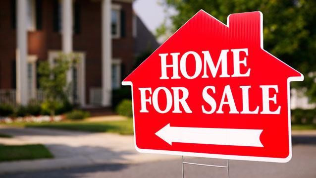 """Housing On the Mend But """"Stunning"""" Lack of Talk on the Campaign Trail: Zillow's Humphries"""