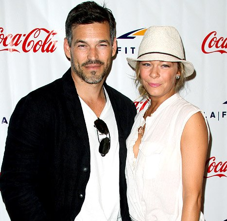 LeAnn Rimes&#39; Breakdown Was Fueled By Fears That Eddie Cibrian Is Cheating