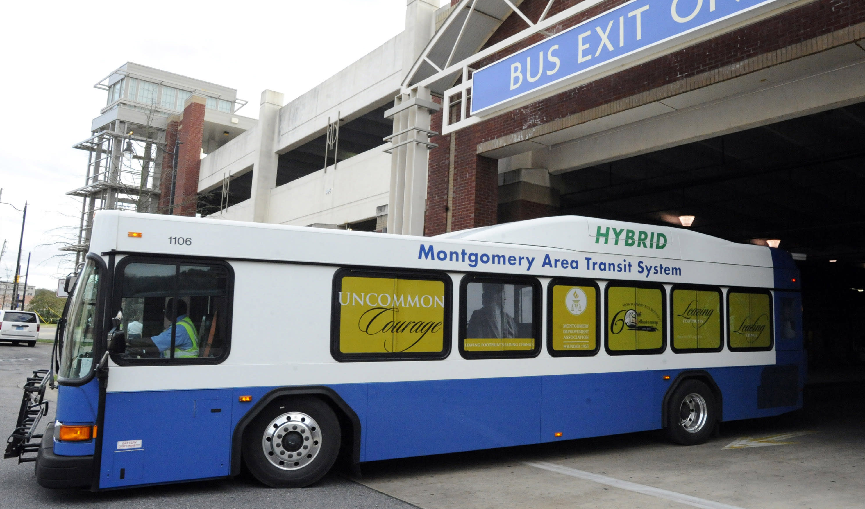 60 years after boycott, using Montgomery bus can be trying
