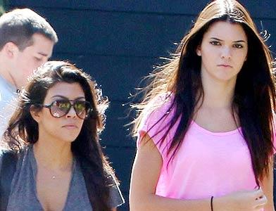 pst Kourtney And Kendall Shopping