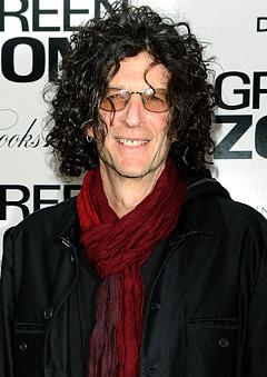 Howard Stern Signs on to America's Got Talent!