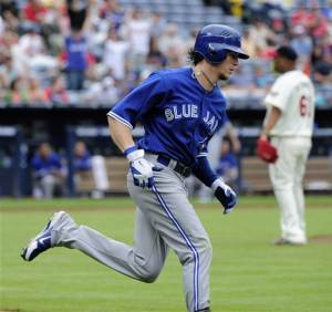 Blue Jays use 18 hits to crush Braves, 12-4
