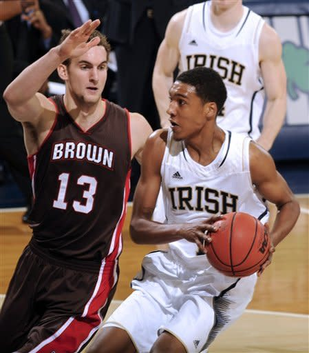 No. 22 Notre Dame cruises past Brown 84-57