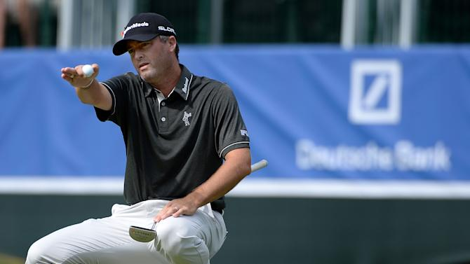 Golf - Palmer powers into early lead at Deutsche Bank