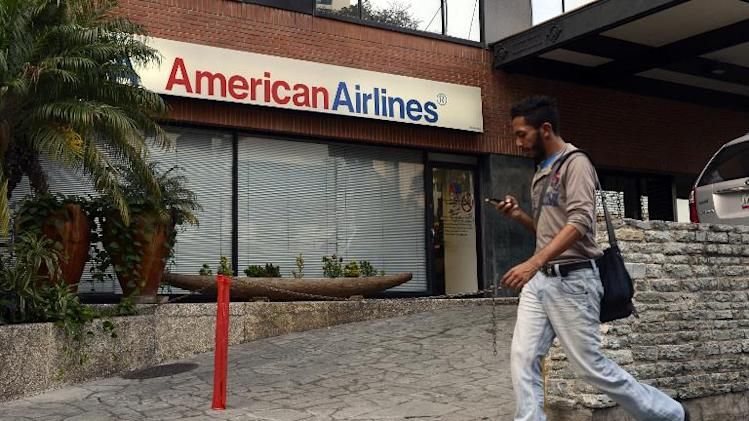 American Airlines, owed $750mn, trims flights to Venezuela