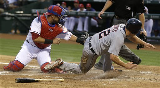 Cabrera double lifts Tigers over Rangers 2-1