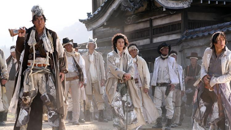 Takaaki Ishibashi Yusuke Iseya Sukiyaki Western Django Production Stills First Look 2008