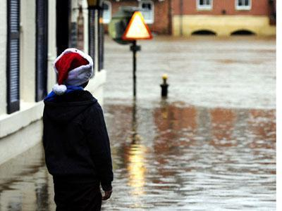 Raw: Flood Warnings Issued for Southwest England