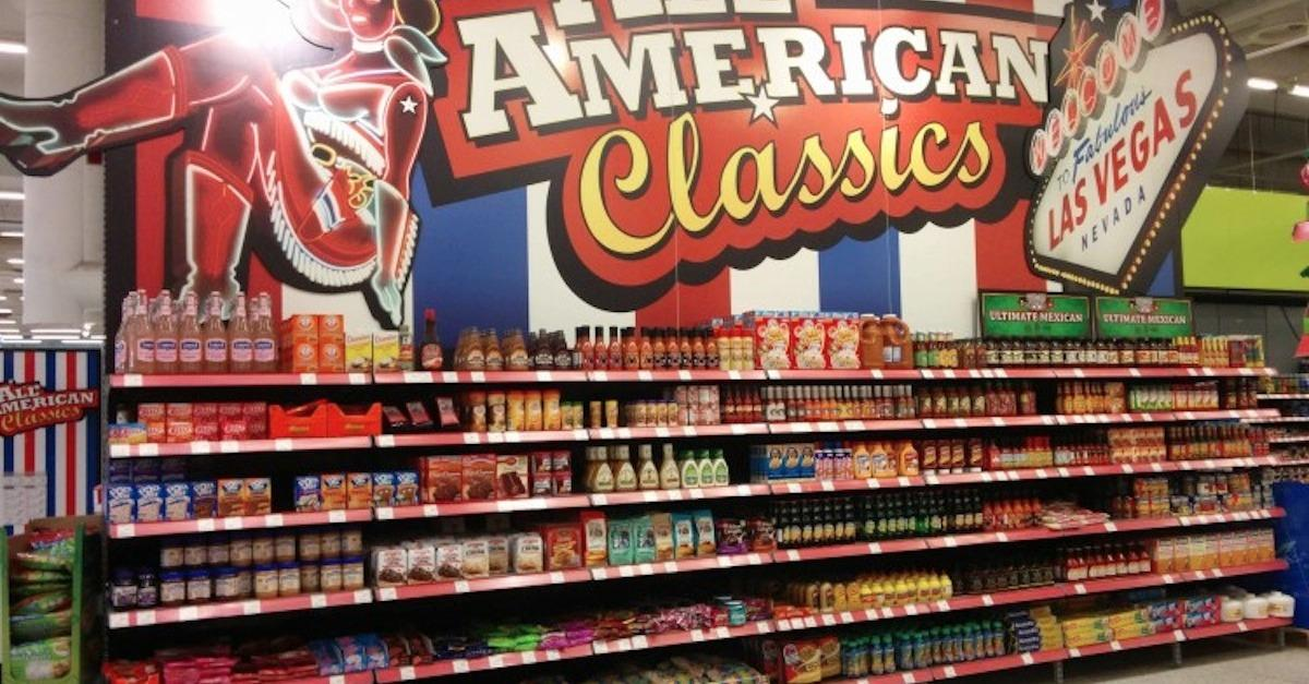 """17 """"American"""" Food Aisles From Other Countries"""