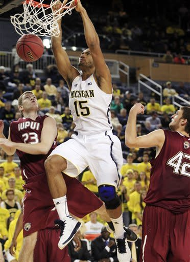 No. 5 Michigan routs IUPUI 91-54