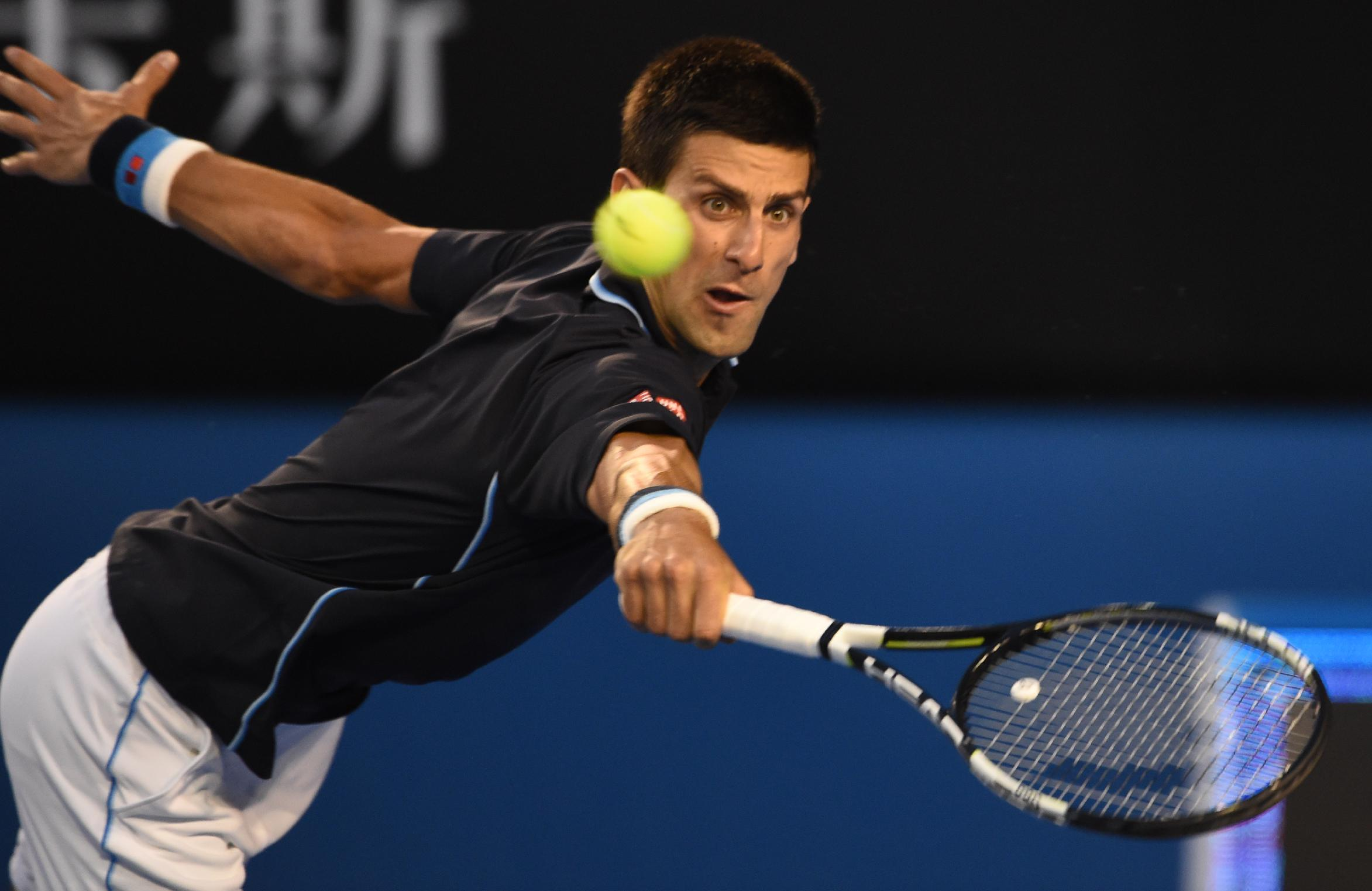 Top seed Djokovic powers into Open fourth round