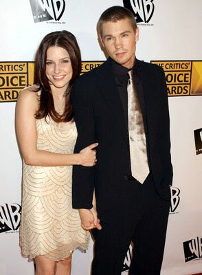 Sophia Bush and Chad Michael Murray 10th Annual Critics Choice Awards Los Angeles, CA - 1/10/05