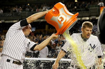 Yankees 3, Blue Jays 2: Chase Headley leads the team to another walk-off win