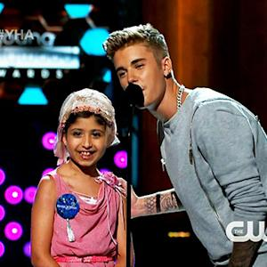 Bieber Gifts Award to Make-A-Wish Date