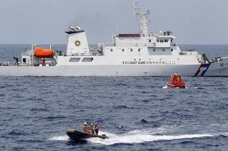 Taiwan, Philippines coastguards in brief stand-off despite work on pact
