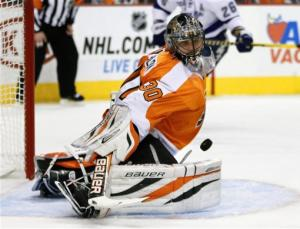 Sestito scores 2, leads Flyers over Lightning 2-1