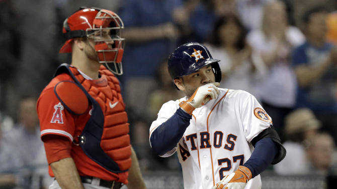 Astros win again behind Peacock and Altuve