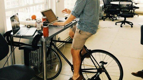 3 Easy Tricks For Getting Fit at the Office