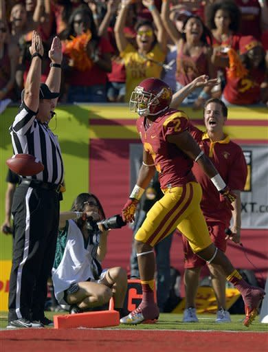 Barkley, Lee lead No. 1 USC past Hawaii 49-10