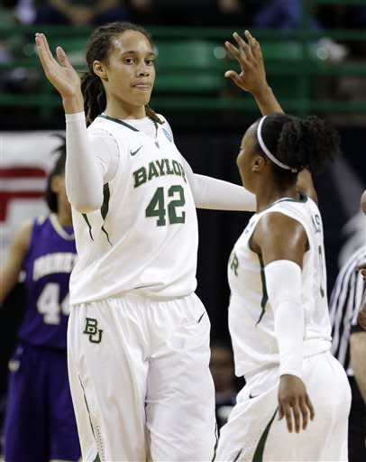 Baylor routs Prairie View 82-40 in NCAA opener