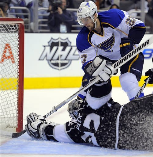 LA Kings sweep St. Louis, advance to West finals