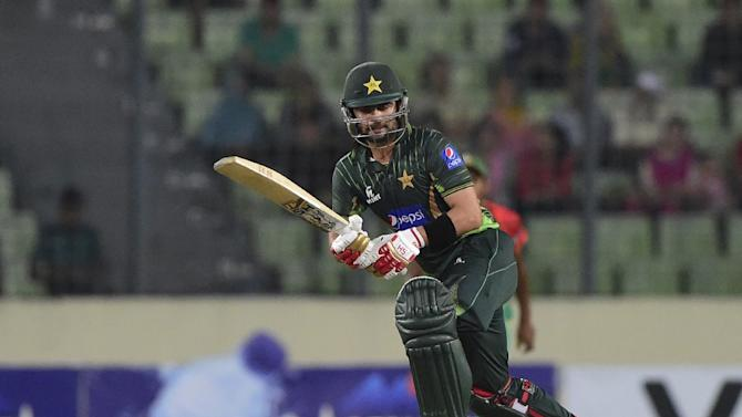 Maverick opener Ahmed Shehzad, pictured in action on April 24, 2015, earned a recall in Pakistan's 15-man Test squad for the three-match Test series in Sri Lanka after being sidelined over disciplinary problems