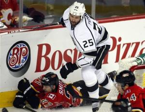 Kings upend Flames 3-1